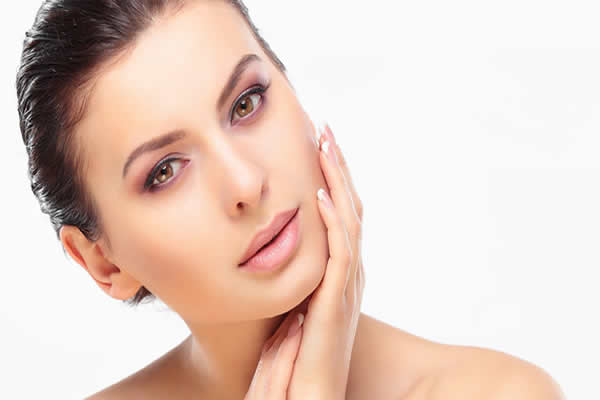 Dermatologistas se relacionam com os profissionais da beleza, muito mais que imaginamos