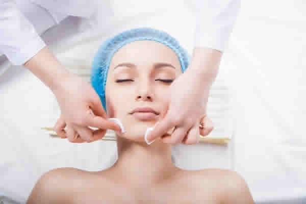 Como o dermatologista poderá melhorar a minha pele?
