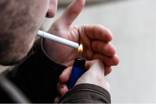 VOCÊ TEM O VÍCIO DE FUMAR? VEJA COMO TER AJUDA!